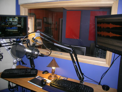 voiceover recording studio soundbooth