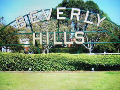 Voice 2008 Review Beverly Hills sign