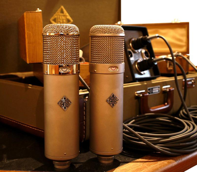 Professional Male Voice Talent Microphone