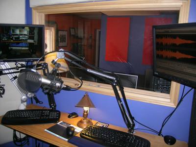 voiceover recording studio soundbooth